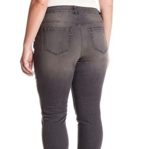 two by vince camuto | gray skinny denim jeans 16W
